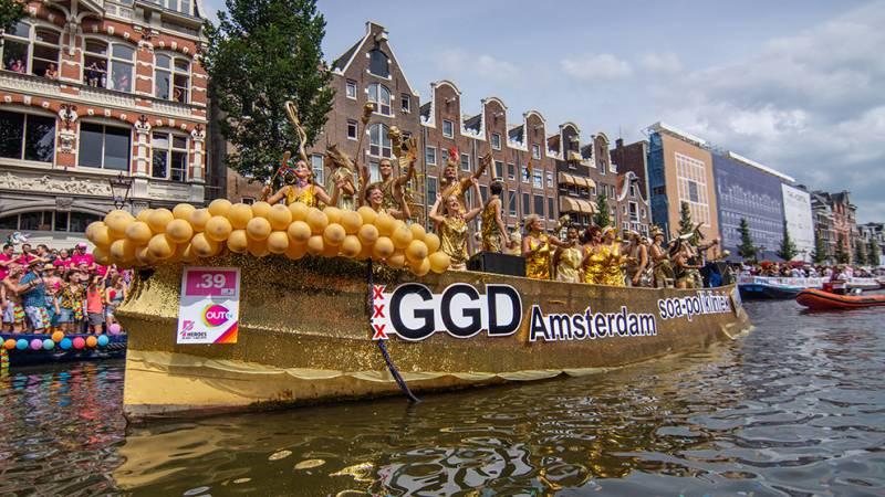 Gelukkig hebben we de foto's nog: De Canal Pride Amsterdam 2018